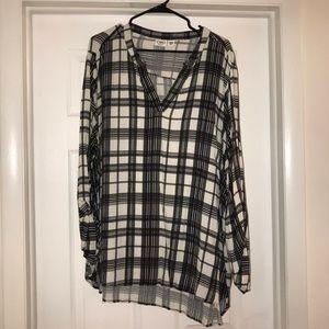 Offwhite/Black plaid blouse